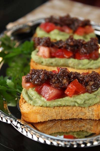 Bacon Jam, Tomato and Avocado Bruschetta aka BAT Crostini