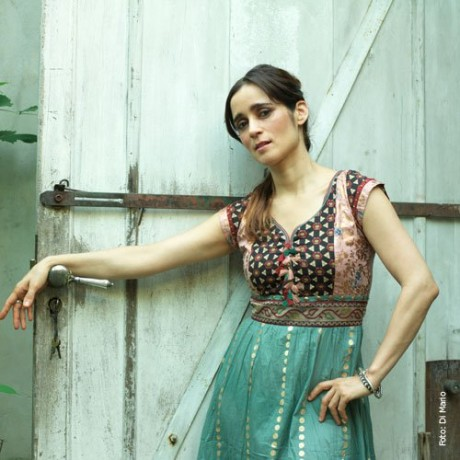 Julieta Venegas Photo 4