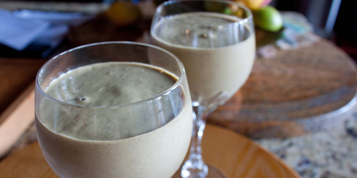 healthy-chocolate-fig-smoothie