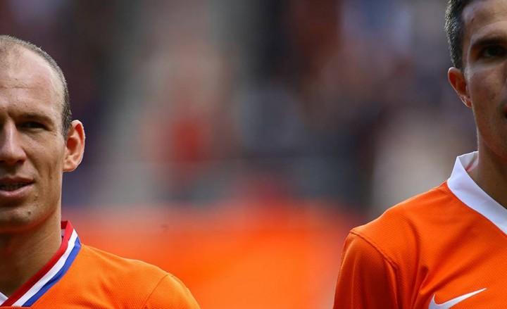 Arjen Robben (left) and Robin van Persie (Tsutomu Takasu)