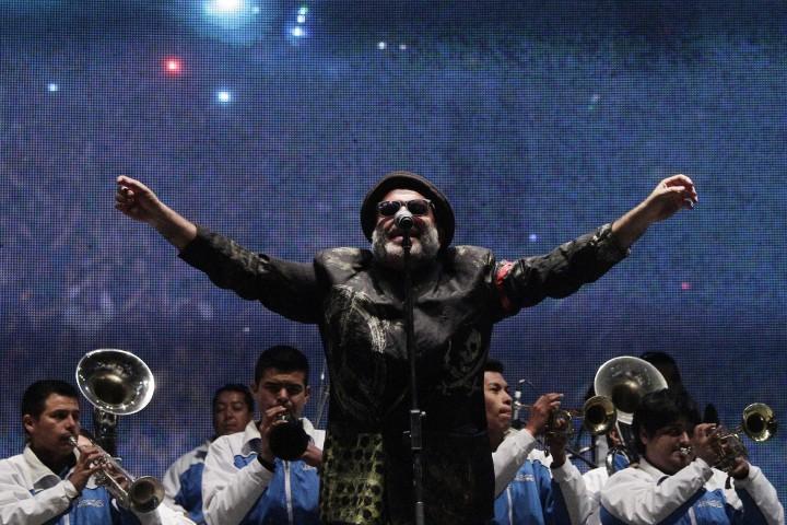 09 de Noviembre 2013/SANTIAGO  La banda nacional Chico Trujillo se presento en el Festival Frontera ,Festival Latinoamericano de musica y artes que se realiza en club hipico de Santiago.  FOTO: DAVID CORTES SEREY /AGENCIAUNO