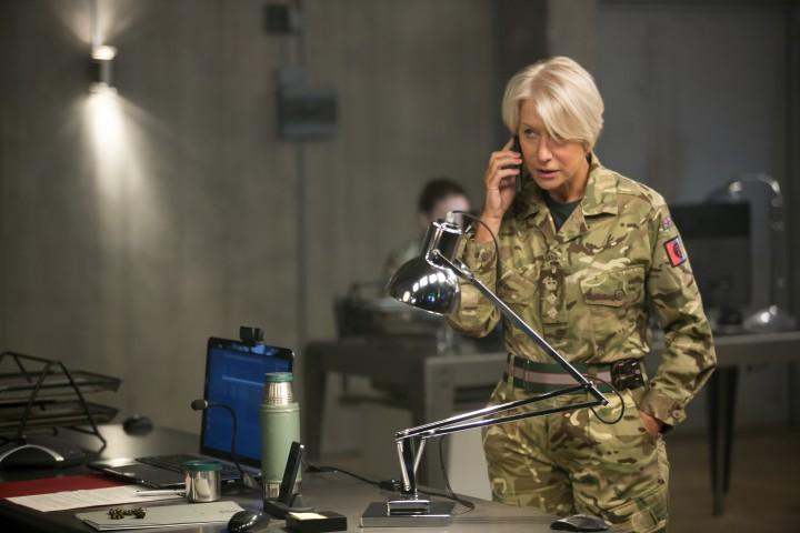 EITS_00534_R Helen Mirren stars as Colonel Katherine Powell in the dramatic thriller, EYE IN THE SKY, a Bleecker Street release. Credit: Keith Bernstein / Bleecker Street