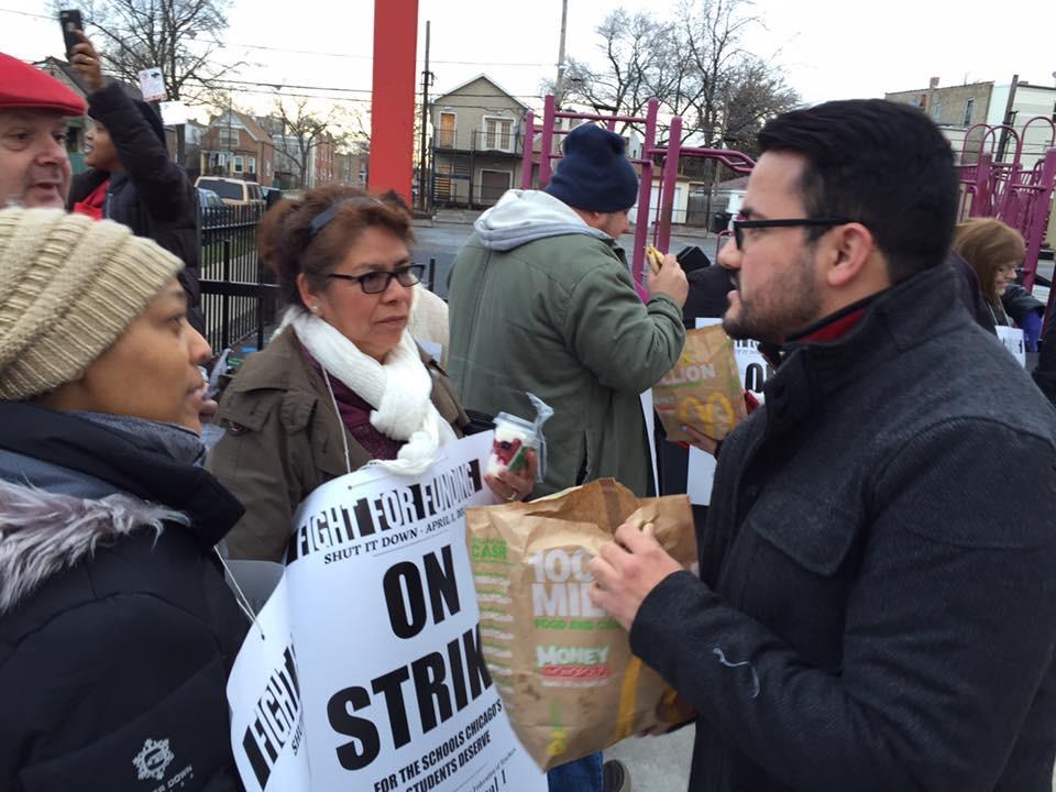 Aquino at a Chicago Teachers Union protest